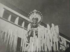1956. Nuestra Reina llega a la Basílica.