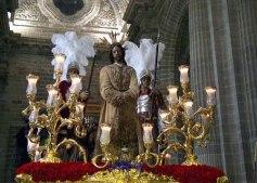 Paso de Misterio en la Santa Iglesia Catedral